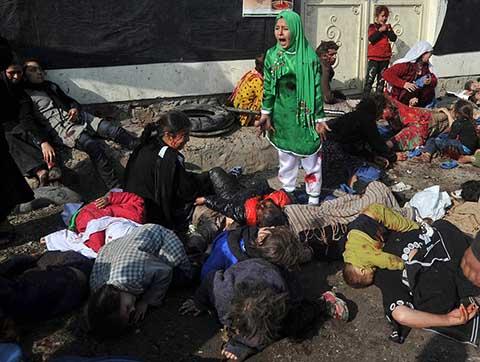 Aşure Kutlaması Canlı bomba ve 11 yaşındaki Tarana Akbari
